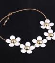 daisy white 2